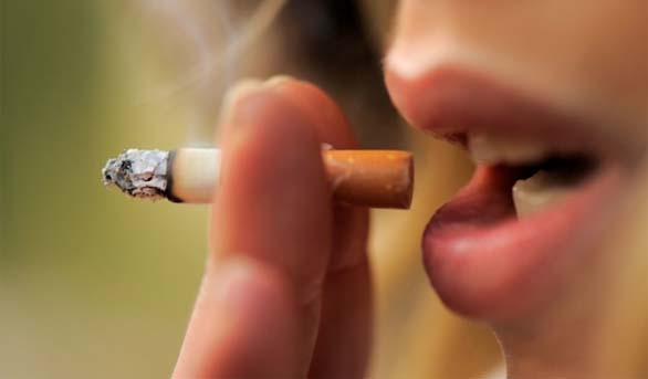 Potential oral health issues surrounding smoking