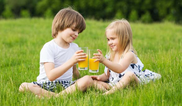 Is Fruit Juice the Better Option for Your Child's Teeth?